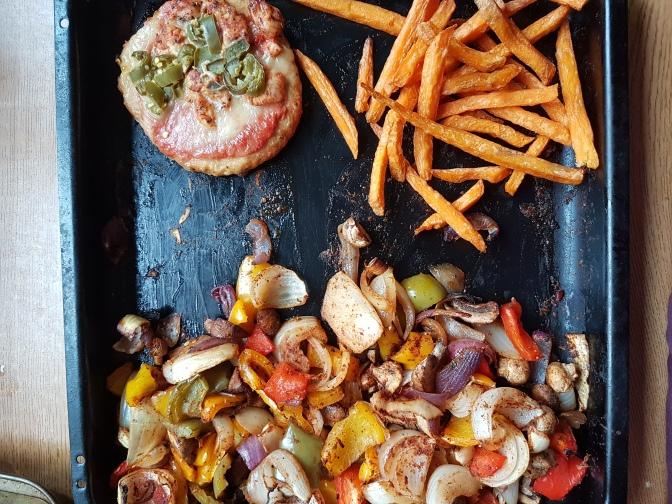 5 Days – 5 Meals: Fans Choice Meatzza & Sweet Potatoes